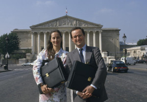 Ségolène Royal et François Hollande devant l'Assemblée Nationale en 1988